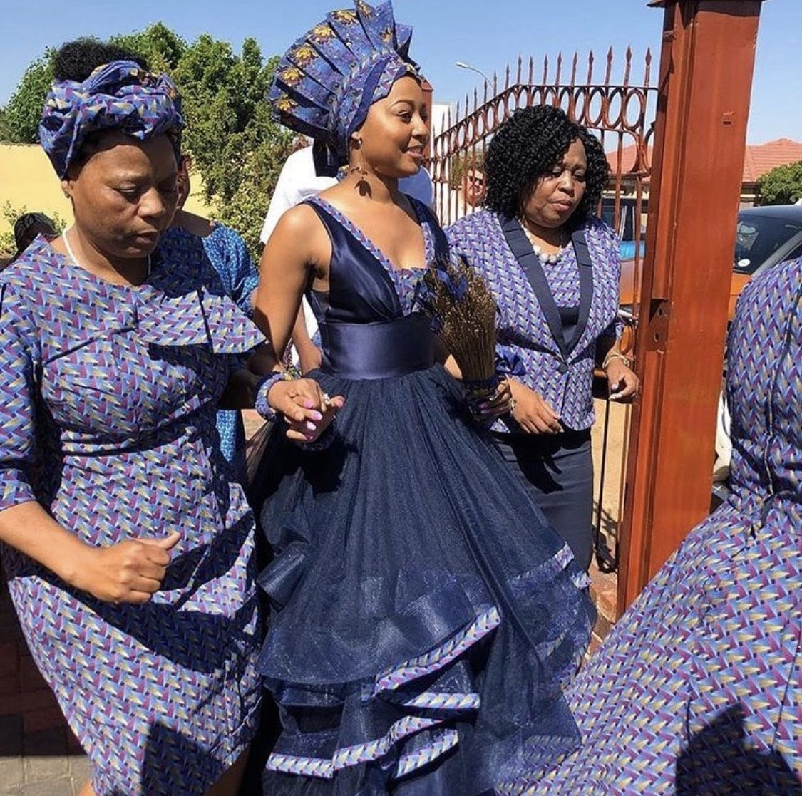 Venda Traditional Modern Dresses: Sunika Traditional African Clothes